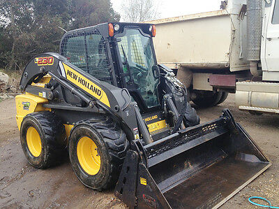 2011 90HP New Holland L230 Skidsteer Bobcat with 4 in 1 Bucket