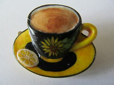 VINTAGE WIDE YELLOW & BLACK of CUP & SAUCE TEA LUCITE DESIGNED BROOCH PIN