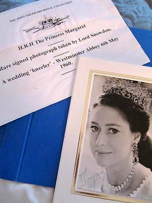 Princess Margaret  *SIGNED* photo by Snowdon + signed letter - British Royalty