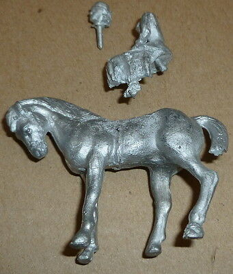 O scale horse and lady side saddle metal unmade