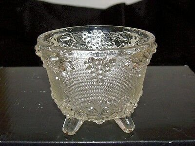 Jeannette or DIMENSIONAL Glass Grape cluster Leaf Vine Footed Candy Nut Dish