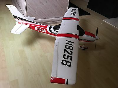 Cessna 182 RC Plane 1400mm With Battery And Spektrum AR6100 Receiver