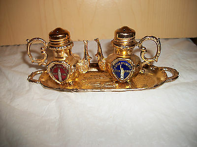 Gold Empire State Building & Statue of Liberty Shakers on Gold Tray