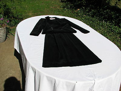 Ladies Black Velvet Fully Lined Double Breasted Jacket With Skirt Size 6