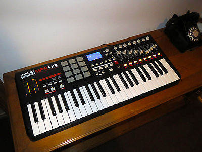 Akai MPK49 USB 49 Key Midi Keyboard DAW VST Controller MPC Pads Boxed Excellent