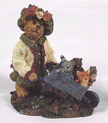 """Boyds Bears & Friends Bearstone Collection """"Olive Leafowitz...Joy Ride"""" 2002"""
