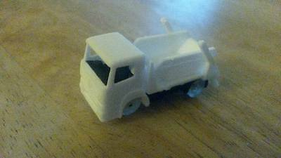 N-Train - 3D Printed 'Axor' 4x2 Skip Lorry
