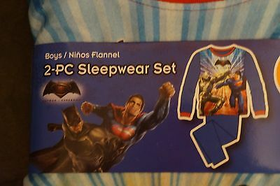 NEW Batman vs. Superman Boy's Pajamas 2-Piece Flannel Sleepwear Set
