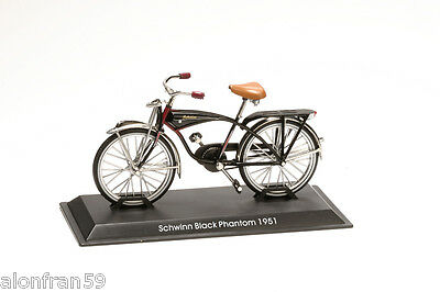 Collection Bicycle 1:15 scale Schwinn Black Phantom 1951 Diecast BIC023