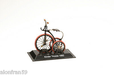 Collection Bicycle 1:15 scale Kinder triciclo 1882 Diecast BIC059