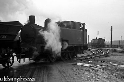 NCB hc 0-6-0t No.s100 shunting Peckfield Colliery West Yorkshire Rail Photo