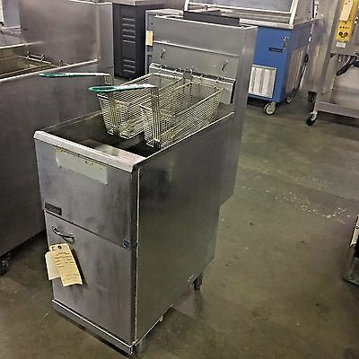 PITCO 35C GAS FRYER, 35-lbs FLOOR MODEL, NATURAL GAS #11008