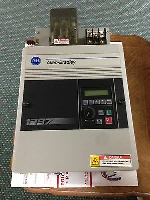 ALLEN BRADLEY 1397 DC DRIVE UNIT M/N # 1397-A025R-HA1-FS2004, Low Usage, 25 HP