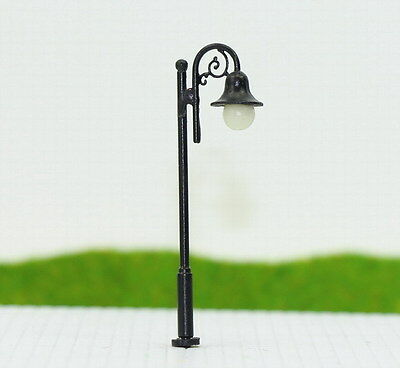 LYM38 10pcs Model Railway Train Lamp Post Street Lights N TT Scale LEDs NEW