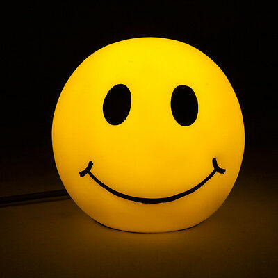 Smiley Face Table Lamp – Yellow Emoji LED Light Soft Glow Happy Smile Décor Home