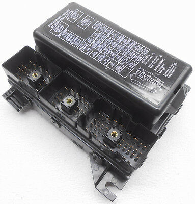 OEM Ford Taurus Mercury Sable Cabin Fuse Box Less Relays With Cover