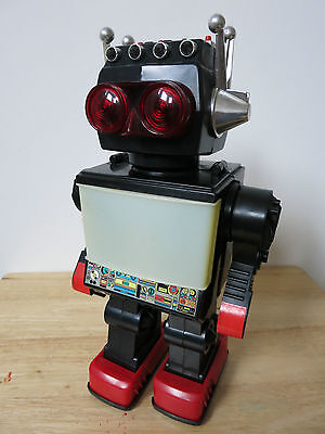 70s/80s Plastic - JUPITER ROBOT - Astronaut Space Toy China - BOXED