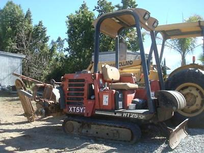 2001 Ditch Witch HT25 Trenchers