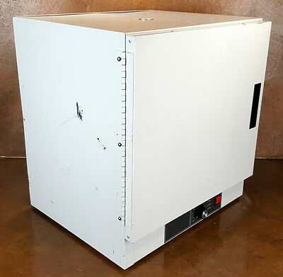 Fisher Scientific Laboratory Oven * 526G * Gravity Convection  * 120 V * Tested