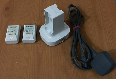 Official Microsoft Xbox 360 Quick Charge Kit Pack Charger w/ Battery Packs