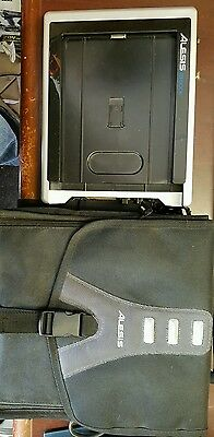 ALESIS iO Dock Station for iPad 1 & 2 + Bag - Power Cord not included