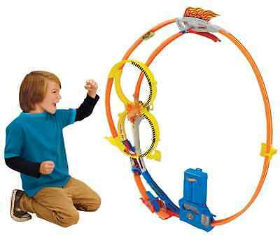 Hot Wheels Super Loop Chase Race Trackset (Discontinued by manufacturer)