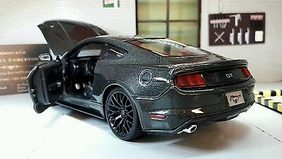 Ford Mustang 2015 2.3 3.7 5.0 GT Grey 1:24 Scale Diecast Super Model Car 31508