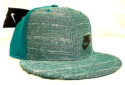 NIKE True Youth Unisex Snapback Adjustable Flat Bill Hat/Cap Rio-Teal/Black NEW!