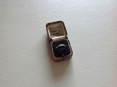 vintage 9ct gold and diamond ring
