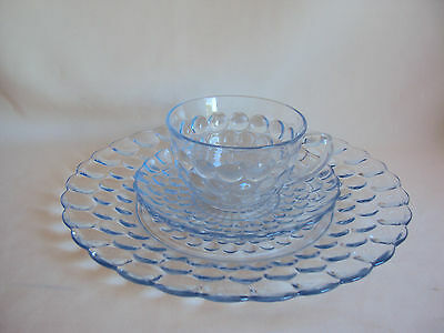 Vintage Anchor Hocking Blue Bubble Glass Dinner And Saucer Plates And Cup Set