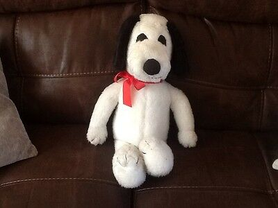 large snoopy soft toy
