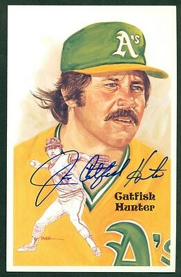 Perez Steele Series 9  CATFISH HUNTER  Autograph Signed Postcard