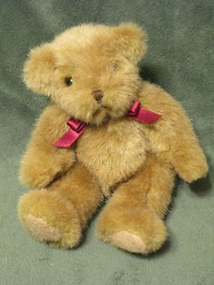 "Russ ""Chadsworth"" BEARS FROM THE PAST Item# 1203 Lt Brown Bear 7"""