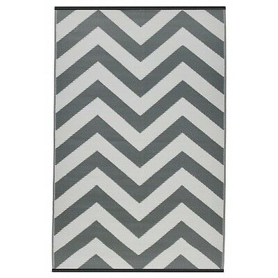 Recycled Plastic Outdoor Rug - Laguna Paloma and White