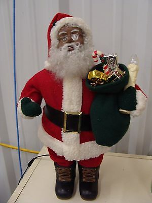 ANIMATED HOLIDAY CREATIONS 1995 BLACK AFRICAN AMERICAN SANTA CLAUS with CANDLE