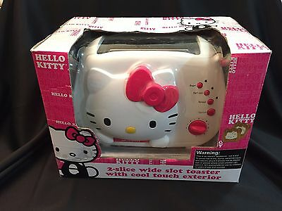 NEW Sanrio Hello Kitty 2 Slice Wide Slot Bread Toaster with Cool Touch Exterior