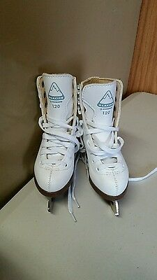 pair of glacier by Jackson 120 ice skates size 6 2/3