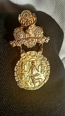 1913 Antique Elks Lodge Pin Gold Large NICE Rochester Grand Lodge Reunion 1913