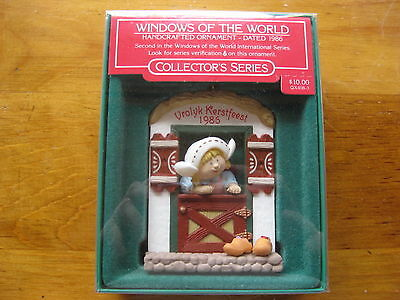 Hallmark Windows of the World 1986 Collector Series Christmas Ornament