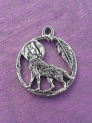 4 x HOWLING WOLF & MOON with FEATHER Charm Pendant - TIBETAN SILVER  Pagan
