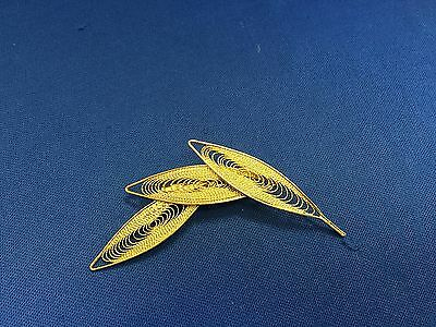 Stunning Vintage Estate Find Goldtone Etched 3 Leaf Beautiful Brooch Pin A3