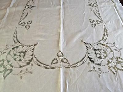 Vintage Madeira Linen Tablecloth Richelieu Cutwork Leaves Ecru Embroidery 62x82""