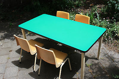 Children's table with 4 chairs