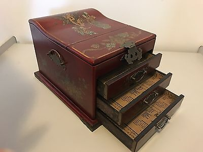 Vintage Chinese Lacquer Wood Jewellery Mirrored Make-Up Box