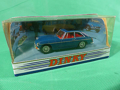 Matchbox / Dinky Collection DY-3 MG B GT 1965 blau unbespielt/box NOS