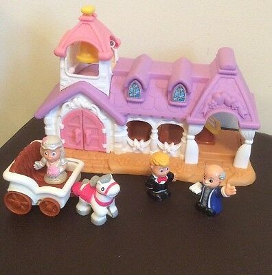 Toy Church Wedding Includes Horse Carriage Bride Groom Vicar Marriage Playset