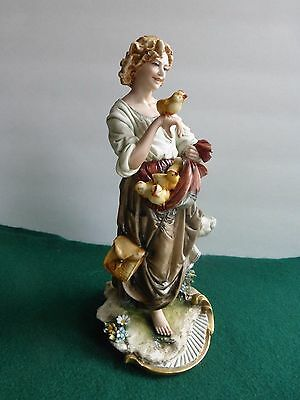Capodimonte Porcellane Principe Figurine Girl With Chicks In Apron And Feed Bag