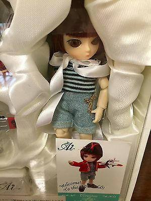 AI  BJD  doll new in box .UK seller sad resale FREE P&P FOR ALL BUYERS
