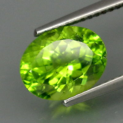 2,57 CTS EXCELENTE PERIDOTO.Shimmering Lustrous Natural Green Peridot Pakistan