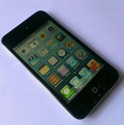 Apple iPod touch 4th Generation (Late 2010) Black (8GB) *Damaged Screen*